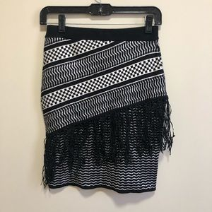 NWT Romeo+Juliet Couture | Small Patterned Skirt
